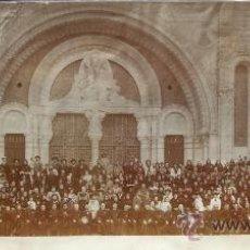 Fotografía antigua: VALENCIA. GRAN PEREGRINACIÓN A LOURDES. HACIA 1890. TAMAÑO EXCEPCIONAL.. Lote 26831865