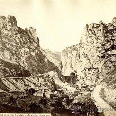 Fotografía antigua: PANCORBO, BURGOS. TUNEL DE LA PEÑA HORADADA. J. LAURENT, 193. Lote 25339009