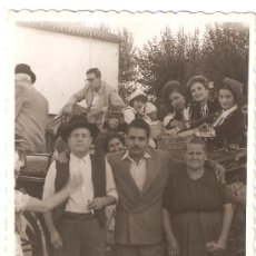 Fotografía antigua: HUERTA DE VALENCIA EN FIESTAS AÑO 1951. Lote 28692792