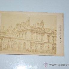 Fotografía antigua: FOTOGRAFIA ORIGINAL RUINES DE PARIS DE J.R. PHOT. FRANCIA 1871 PALACIO REAL . Lote 29292383