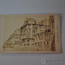 Fotografía antigua: FOTOGRAFIA ORIGINAL RUINES DE PARIS DE J.R. PHOT. FRANCIA 1871 RUE . Lote 29292460