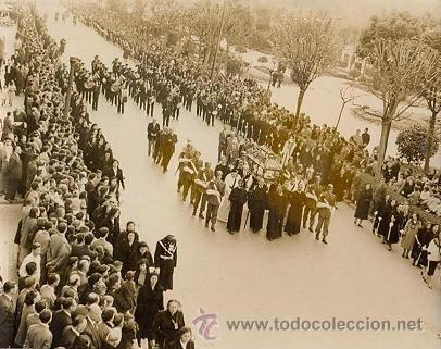 RRR FOTO ORIGINAL DEL ARCHIVO DE FARO DE VIGO - AÑOS 40 - PACHECO - PROCESION SANTO ENTIERRO (Fotografía Antigua - Albúmina)