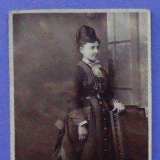 Fotografía antigua: FOTOGRAFÍA DE UNA MUJER. S. CRASES. 10 X 6 CM. Lote 31866335