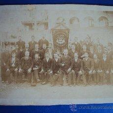 Fotografía antigua: (FOT-17)FOTOGRAFIA ALBUMINA SOCIEDAD CORAL LA UNION DE HOSTAFRANCHS(BARCELONA)SIGLO XIX. Lote 33954101