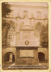 Fotografía antigua: 7 FOTOGRAFIAS ALBUMINAS DE VIC-BARCELONA:VISTA GENERAL,SANTSIXT,MONUEMNTO A BALMES,ETC. Ca.1875. - Foto 5 - 34983860