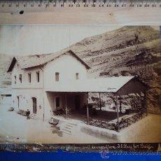 Fotografía antigua: (FOT-15)FOTOGRAFIA ALBUMINA Nº554.MONTSERRAT.ESTACION DE PARTIDA DEL FERROCARRIL DE CREMALLERA.J.E.P. Lote 35123703