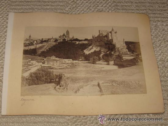 Fotografía antigua: Dos vistas de Segovia y Toledo, de Levy, montadas en la misma hoja de álbum antiguo (ver imágenes) - Foto 3 - 35445484