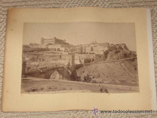 Fotografía antigua: Dos vistas de Segovia y Toledo, de Levy, montadas en la misma hoja de álbum antiguo (ver imágenes) - Foto 4 - 35445484