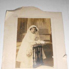 Fotografía antigua: ANTIGUA FOTOGRAFÍA. IMAGEN DE PRIMERA COMUNIÓN (1918). FOTÓGRAFO REYMUNDO - CÁDIZ.. Lote 36461450