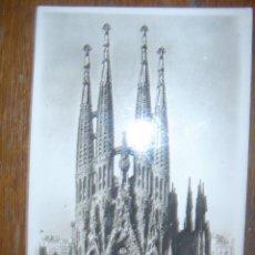 Fotografía antigua: FOTO-POSTAL DE LA SAGRADA FAMILIA-BARCELONA. ¿1950?. Lote 39556147