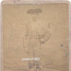 Fotografía antigua: ALBUMINA, TEMA TOROS, TORERO FELIX VELASCO, FOTO BEAUCHY SEVILLA, SIGLO XIX , ORIGINAL. Lote 39634005