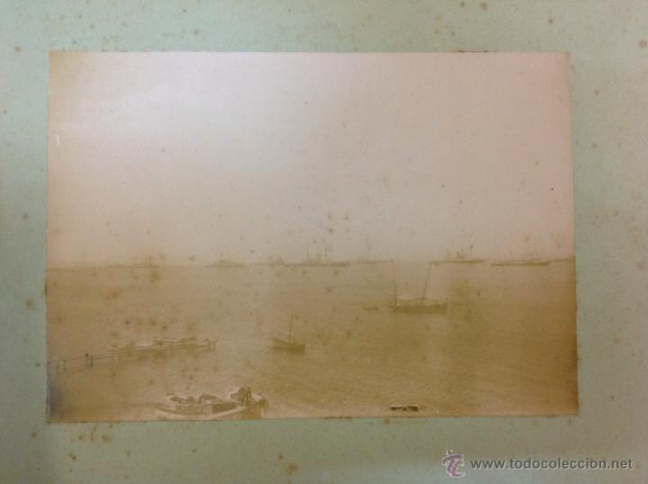 2 FOTOGRAFÍAS. BARCOS. ESCUADRA INGLESA DE 22 ACORAZADOS ANCLADA EN EL GOLFO DE ROSAS, AGOSTO 1896 (Fotografía Antigua - Albúmina)