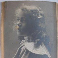 Fotografía antigua: FOTO DE NIÑA DEL SIGLO XIX . . 18,5 X 23 CM.. Lote 40961147