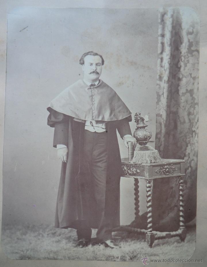 FOTOGRAFÍA ALBÚMINA.SIGLO XIX. PERSONAJE ACADÉMICO (Fotografía Antigua - Albúmina)