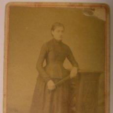 Fotografía antigua: IMPORTANTE FOTOGRAFIA DE RAFAEL AREÑAS MIRET . DAMA DE ÉPOCA - 1883 - BARCELONA. Lote 42618157