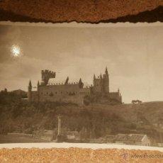 Fotografía antigua: MUY ANTIGUA FOTOGRAFÍA - ALCAZAR DE SEGOVIA - 1946 -. Lote 43169870