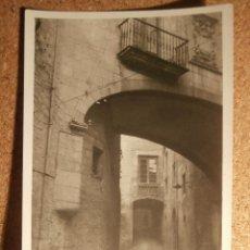 Fotografía antigua: ANTIGUA FOTOGRAFÍA - PALACIO DEL VIZCONDADO - GERONA - 1946 -. Lote 43187362