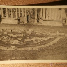 Fotografía antigua: ANTIGUA FOTOGRAFÍA - TEATRO ROMANO - MÉRIDA - 1946 -. Lote 43189198