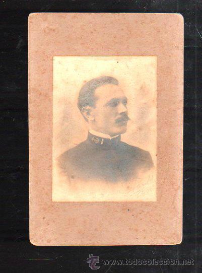 FOTOGRAFIA ANTIGUA. MILITAR CUBANO. FOTO KARL C.HANOEL. 1903. MEDIDAS: 11 X 17CM. (Fotografía Antigua - Albúmina)