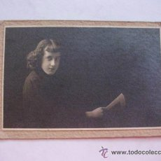 Fotografía antigua: FOTOGRAFIA MUJER JOVEN . 1911 .......... 6 X 8,5 CM. Lote 43955035