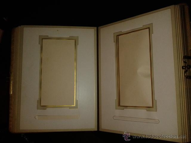 Fotografía antigua: Bonito album para fotografias antiguas pintado. Modernista Señora cogiendo uvas. - Foto 4 - 44375227