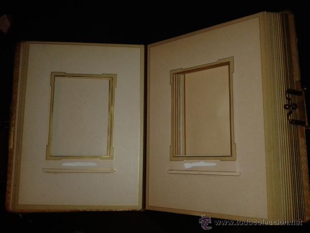 Fotografía antigua: Bonito album para fotografias antiguas pintado. Modernista Señora cogiendo uvas. - Foto 5 - 44375227