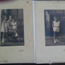 Fotografía antigua: LOTE DE 2 FOTOS NIÑO CON PANTALON CORTO Y FAMILIA. DE DUARTE , OVIEDO . 15 X 22 CM. Lote 46471561