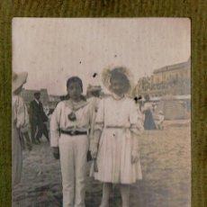 Fotografía antigua: DOS NIÑOS EN BIARRITZ. PRINCIPIOS S. XX.. Lote 46723449