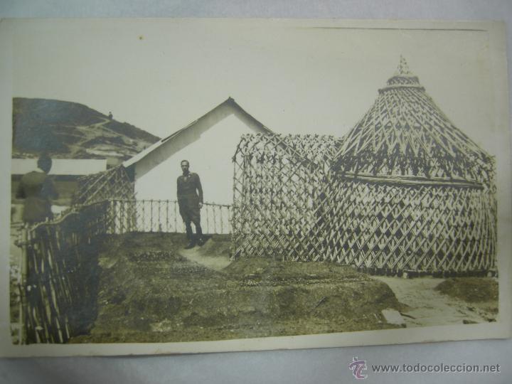 Fotografía antigua: fantastica foto-postal militar en africa,rara por su arquitectura arte africano en const. militar - Foto 3 - 27304456