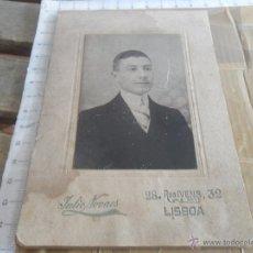 Fotografía antigua: FOTO FOTOGRAFIA ALBUMINA DE ESTUDIO SEÑOR CABALLERO LISBOA AÑO 1909 DEDICADA. Lote 48490383