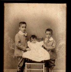 Fotografía antigua: ANTIGUA FOTOGRAFÍA ANTIGUA. HERMANOS. . Lote 49433577