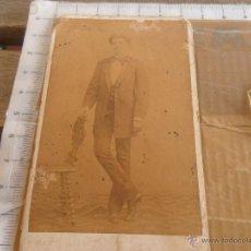 Fotografía antigua: ANTIGUA FOTO FOTOGRAFIA ALBUMINA CABALLERO FOTOGRAFO JUAN MARTI BARCELONA 1871 DEDICADA. Lote 49886349