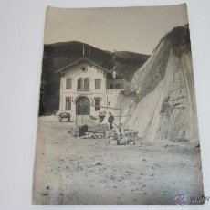 Fotografía antigua: MUY ANTIGUA FOTO DE BARCELONA. OBRAS EN LA MONTAÑA DEL TIBIDABO-VALLVIDRERA. 16 X 12 CTMS.. Lote 53746726