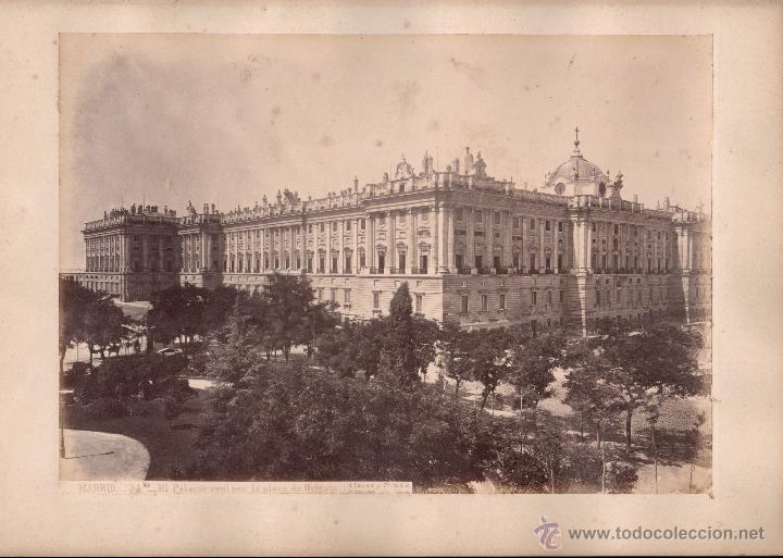 MADRID, 34 BIS. EL PALACIO REAL EN LA PLAZA DE ORIENTE, FOTO: LAURENT, MADRID. 25X34 CM. (Fotografía Antigua - Albúmina)