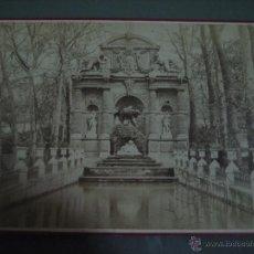 Fotografía antigua: FOTOGRAFIA ANTIGUA: 16.4X10,8 CTMS. EDITEUR: E. ZIEGLER. PARIS.- CARTONÈ.- FONTAINE DE MEDICIS. Lote 51342662