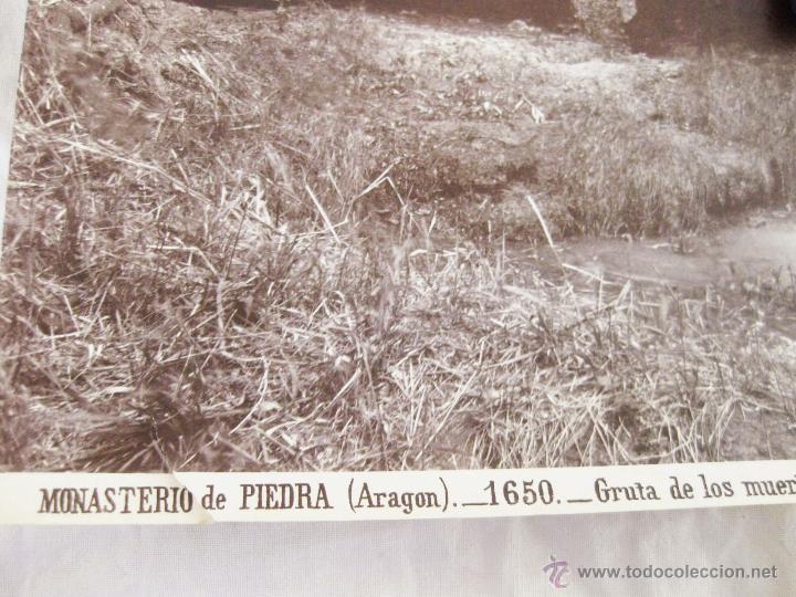Fotografía antigua: FOTOGRAFÍA ALBÚMINA DE J. LAURENT. 25 X 33. MONASTERIO DE PIEDRA. ARAGÓN 1650. GRUTA DE LOS MUERTOS - Foto 2 - 52293424
