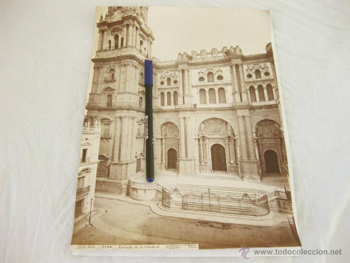FOTOGRAFÍA ALBÚMINA DE J. LAURENT. 25 X 33. MALAGA 2124. FACHADA DE LA CATEDRAL (Fotografía Antigua - Albúmina)