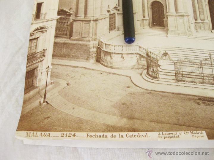 Fotografía antigua: FOTOGRAFÍA ALBÚMINA DE J. LAURENT. 25 X 33. MALAGA 2124. FACHADA DE LA CATEDRAL - Foto 2 - 52294411