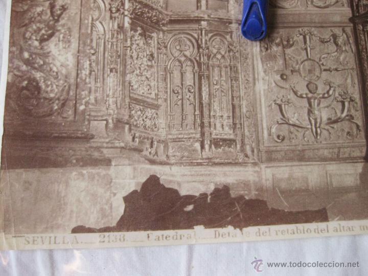 Fotografía antigua: FOTOGRAFÍA ALBÚMINA DE J. LAURENT. 25 X 33. SEVILLA 2138. DETALLE DEL RETABLO DEL ALTAR MAYOR - Foto 2 - 52315325