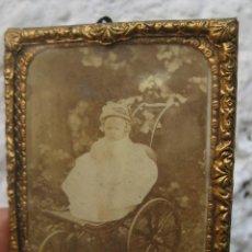 Fotografía antigua: PRECIOSA FOTOGRAFIA ANTIGUA EN MARCO LATON ORIGINAL 1870 BOSTON E.C.HACKFORD CHURCH YARD. Lote 52853209