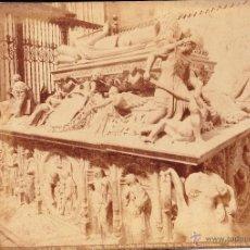 Fotografía antigua: CAPILLA REAL, DETALLE DEL SEPULCRO DE LOS REYES CATÓLICOS - GRANADA - GARZON. Lote 53639977