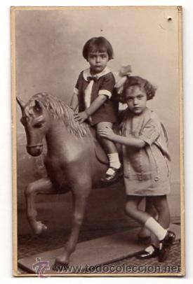 TARJETA POSTAL FOTOGRAFICA CON ESCENA INFANTIL. HARO HERMANOS. CARTAGENA. MURCIA. CIRCA 1920 (Fotografía Antigua - Albúmina)