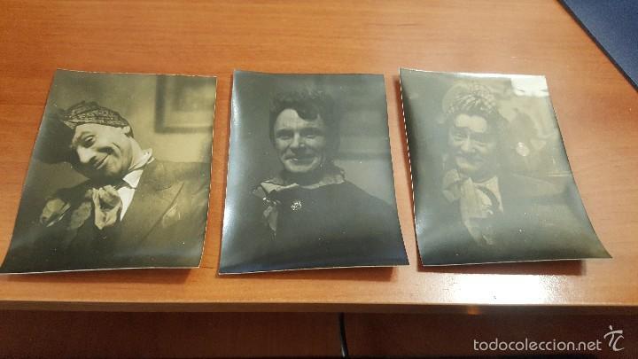 3 ALBUMINAS DE CABALLEROS TRAVESTIDOS, 10 X 8 CM. (Fotografía Antigua - Albúmina)