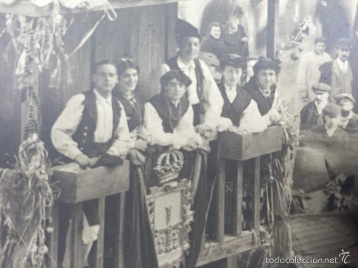 Fotografía antigua: foto albumina falla carroza asturias horreo horchateria a. martinez calle valencia 16x22,5cm - Foto 6 - 58581575