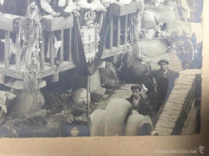Fotografía antigua: foto albumina falla carroza asturias horreo horchateria a. martinez calle valencia 16x22,5cm - Foto 10 - 58581575