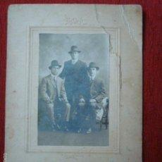 Fotografia antiga: FOTOGRAFIA ANTIGUA DE AMIGOS SOBRE CARTON. S. XIX. MENDELSSOHN (MELBOURNE).. Lote 58754067