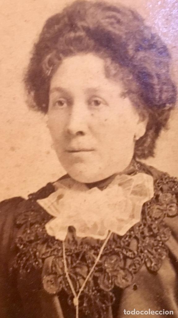 Fotografía antigua: retrato albumina dama s XIX FOTO RECORTADA OVALO 9x7cms - Foto 3 - 64783591