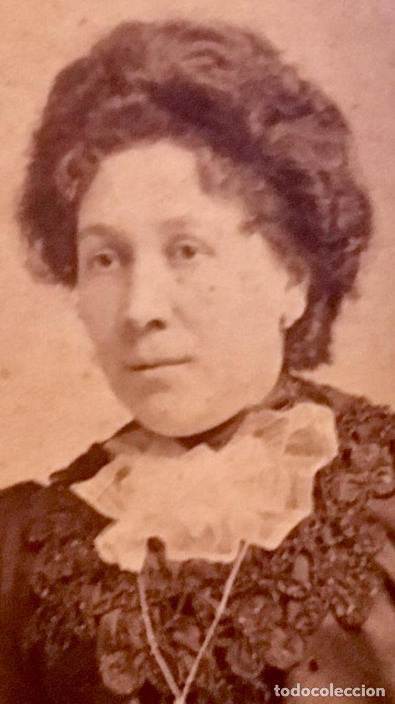 Fotografía antigua: retrato albumina dama s XIX FOTO RECORTADA OVALO 9x7cms - Foto 4 - 64783591