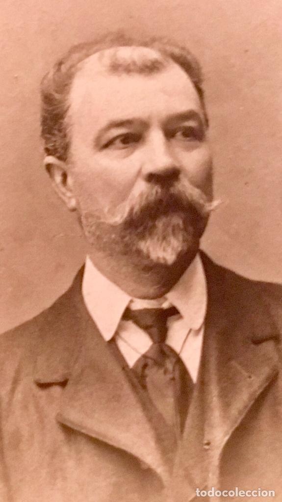 Fotografía antigua: fotografia caballero bigote dedicada redonda 1909 7,5cms - Foto 5 - 64784327