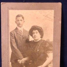 Fotografía antigua: FOTO EMIGRANTES NUEVA YORK N.Y. OTTO SARONY CO MADRE POSANDO CON SU HIJO FIN S XIX 18,3X12,3CMS. Lote 65761794